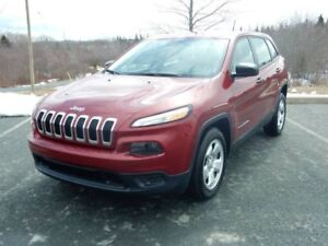 2016 Jeep CHEROKEE Sport - DEMO - ONLY 4,779km!!