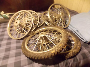 8 bicycle trailer wheels with tires,