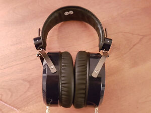 Hifiman HE-400 open back headphones with upgraded cable Kingston Kingston Area image 2