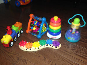 9 Piece Toy Lot