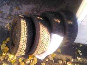 NEWER PRICE! Winter tires with rims off 2003 dodge caravan Cornwall Ontario image 4