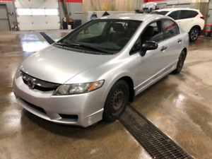 2010 HONDA CIVIC DX-G / 68 000 KILOS