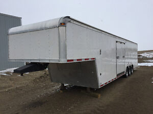 32+5ft United Enclosed Trailer