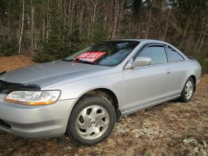 2000 Honda Accord Coupe (2 door) Reduced $1500!!!