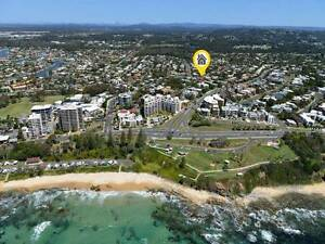 Large double room for rent in the perfect location. Mooloolaba Maroochydore Area Preview
