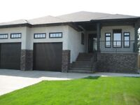 Executive BUNGALOW with walkout