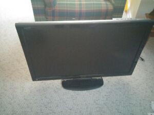Télévision marque Sharp Aquos 37po