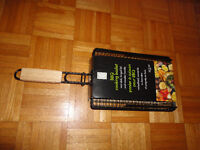 New Non-Stick, BBQ basket, Hinged lid and wooden handle