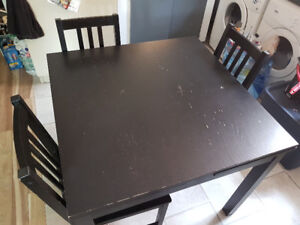 Ikea Bjursta 4-6 extendable dining table with 4 Stefan chairs