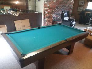 BRUNSWICK BRISTOL 4X8 POOL TABLE