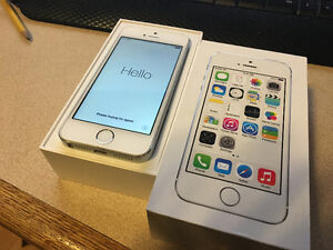 Mint Iphone 5S 32gb blemish free
