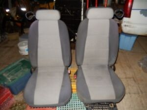 1999 to 2004 Mustang Seats