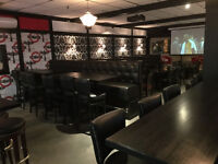 Jekyl & Hyde Pub looking for a F/T  experienced Server