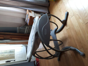 Graco baby swing as good as new