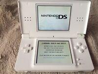 White Nintendo DS lite for sale