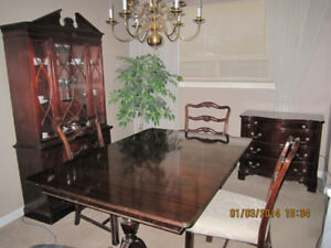 DINING ROOM SET FURNITURE  ** PRICE REDUCED WAS $6800