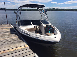 $18995 tx in OPEN DECK, VOLVO 4.3 GXI TOUR WAKE 250 HEURES