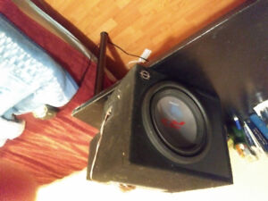 Concord 400 watt amp with Bassworx alpine subwoofer best offer