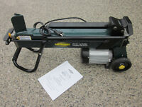 Yardworks 4 Ton Log Splitter - BRAND NEW NEVER USED ONCE