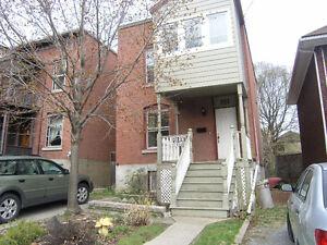 351 CHAPEL ST.  Ottawa Sandy Hill, 5 bed 3 bath house
