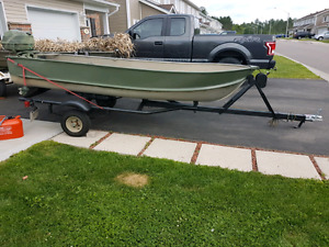 12ft Aluminum boat + trailer + motor