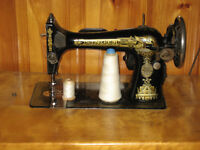 Sewing Machine _ Singer Antique
