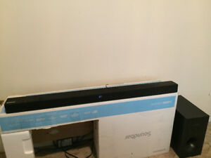 Samsung sound bar for sale $100 (less then a year old)