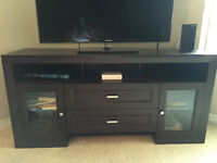 TV table, great condition