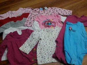 Lot of girl spring clothes - size 12 months