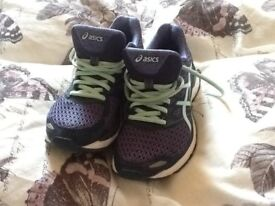 Womans running trainers