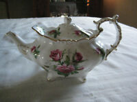 "HAMMERSLEY ""GRANDMOTHER'S ROSE"" TEA POT"