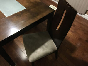 Kitchen dinning room table for 4 people