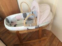 Clair De Lune Stanley and Pip Palm Moses Basket (with rocking stand)