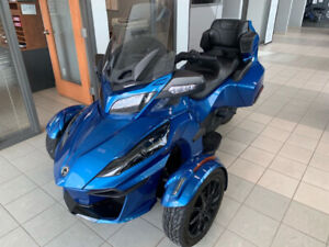 Can-Am Spyder F3 Limited 2018 **SEULEMENT 3815KM**