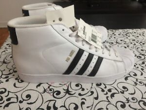 Chaussures adidas pro model homme taille 13 neuves