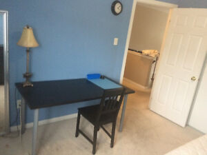 Vacant Room For Rent!