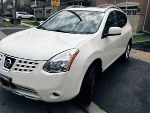 Nissan Rogue- FULLY LOADED - No Accidents+Certified+E-Tested
