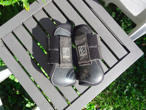 Open Front Boots by Shedrow Kawartha Lakes Peterborough Area image 1