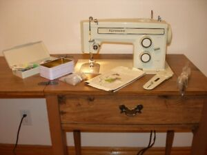 KENMORE sewing machine with cabinet. MINT