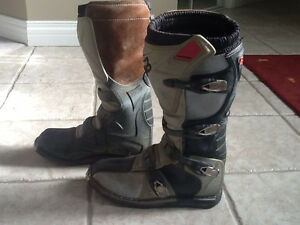 FOX RACING TRACKER BOOTS