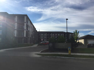 Condo for rent in Creekwood Chappelle
