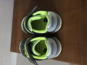 Stride Rite Infant Shoes, size 3m