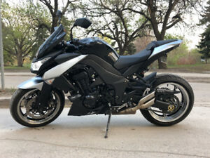 Kawasaki Z1000 - Excellent Condition