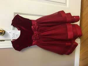 Size 4T  Girls party dress