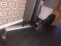 Full size air rowing machine