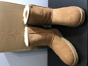 UGG Ladies Boots Like New