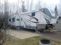 TERRY-LX355SAQS FIFTH WHEEL BY FLEETWOOD