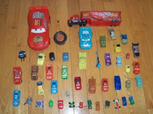 Lot de voitures autos camion flash mcqueen et tonka collection
