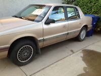 1990 Plymouth Acclaim: SELLING FOR PARTS