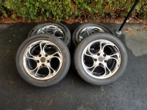 225 50 r16 Summer tires good cond crome mag 5x120